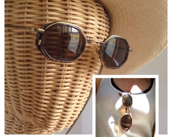 Vintage tortoiseshell sunglasses / Octagon sunglasses RETRO 1980s fashion frames / antiqued gold frame Brown lenses