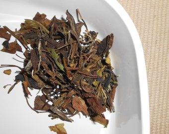 SHU MEE White Tea, Loose Leaf - Lightly Sweet and Refreshing - Shou Mei Eyebrow Tea - One Ounce - yields 25 Cups