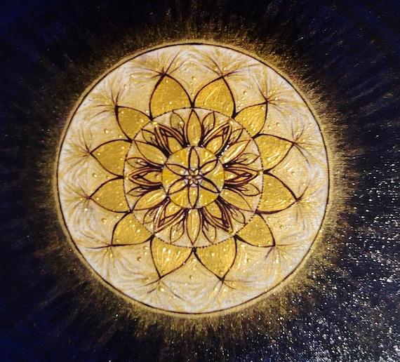 Shining mandala original mandala painting ooak feng for Cuadros mandalas feng shui decoracion mandalas
