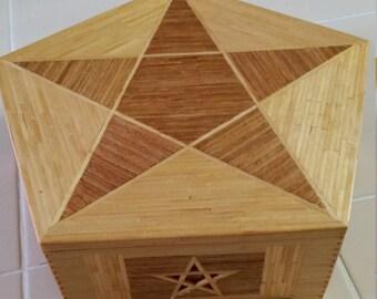 FREE U.S. SHIPPING--Handmade and Signed Matchstick Folk art Lidded Box