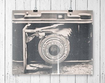 Camera Art Vintage Camera Photographer Gift Vintage Art Prints Grunge Decor Black and White Art Artist Gift Bedroom Wall Decor Hipster Gift