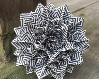 Black and White Classic: Origami Pieces