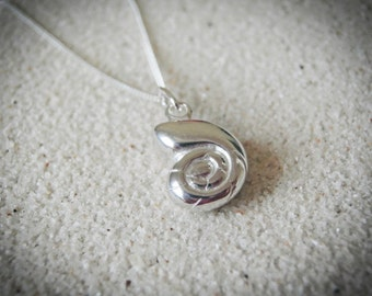 nautilus, nautilus shell necklace, shell necklace, sterling silver shell necklace, sterling silver nautilus necklace,