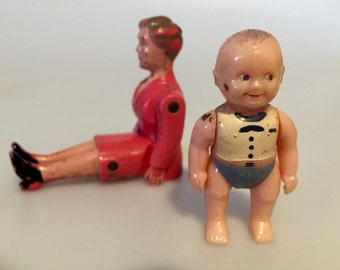 Fantastic Antique Renwal Dollhouse Mother and Baby Dolls