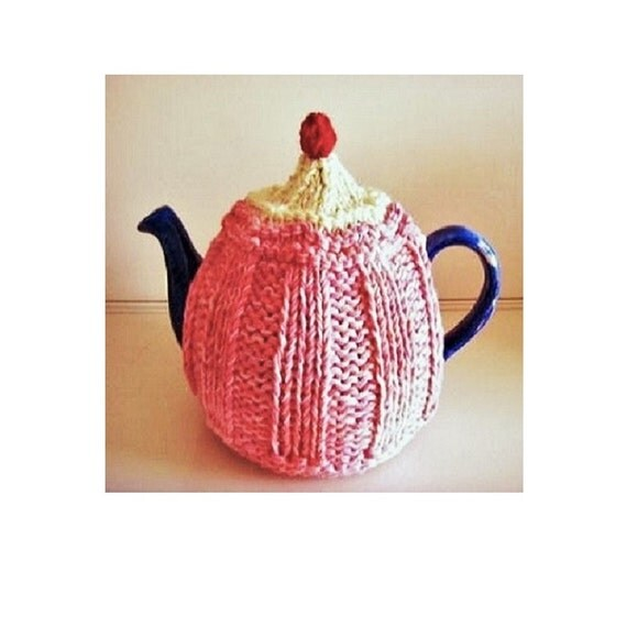 Knitting Pattern For Strawberry Tea Cosy : TEA COSY Knitting Pattern Strawberry CUPCAKE Tea Cozy Cosy