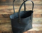 The Scout Classic Leather Tote - Black