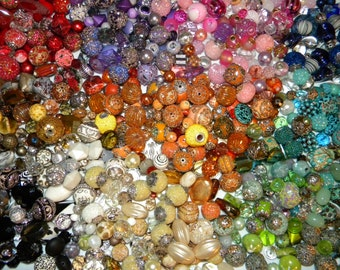 NEW Special 10/Pcs BUY 1 Get 1 FREE Jesse James Mixed Loose Beads 6-20mm Random Mix