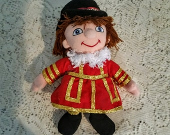 Beefeater Doll, Stuffed Beefeater toy, English Guard doll, English Boy by Small World Beanbag, 9 inch Beefeater figure