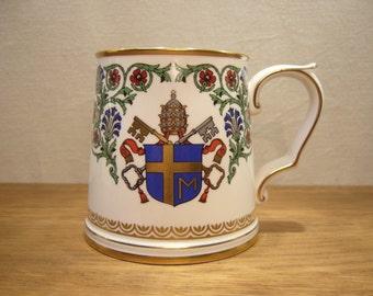 Vintage 1980s Spode bone china mug commemorating the Papal visit of Pope John Paul II to Great Britain in 1982