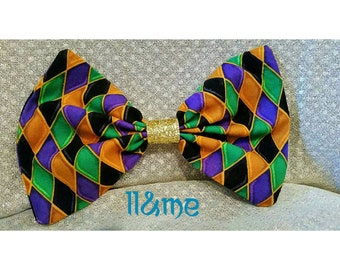 Jester, princess and the frog inspired gold glitter hair bow