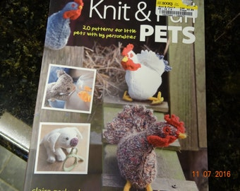 Knit and Purl Pets Book:  20 patterns for little pets with big personalities by Claire Garland