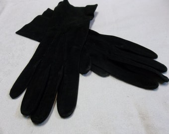 Vintage Black Suede Gloves size 6.5 Small, S