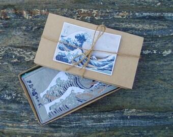 Coin purse zipper, woman's zipper wallet, vegan felt hand embroidered pouch, Hokusai Katsushika clutch wallet, woman's purse