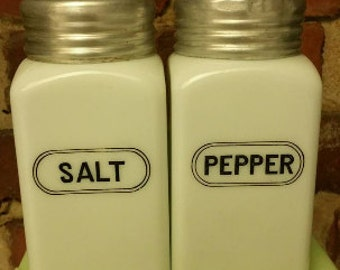 Mint Vintage Hazel Atlas White Salt and Pepper Shaker Set