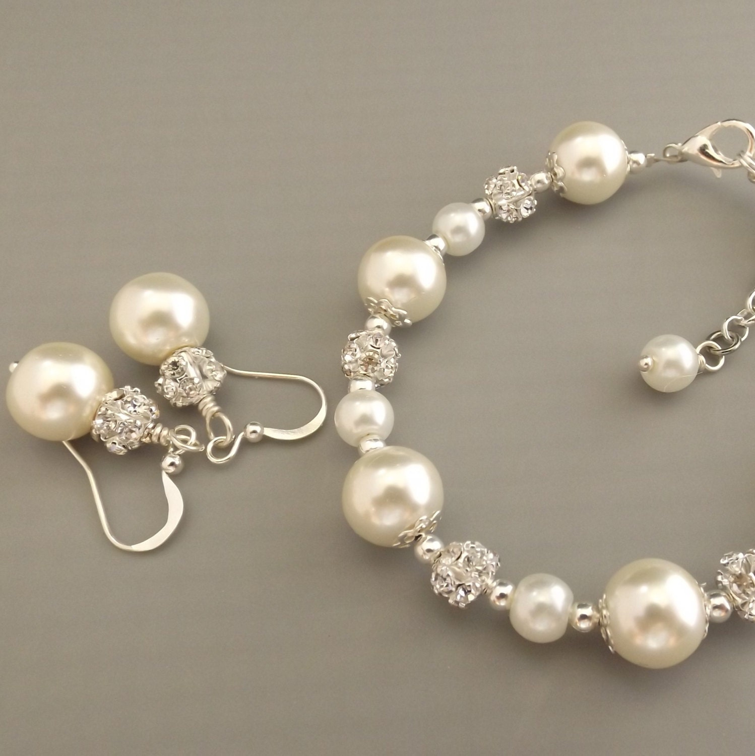 Ivory Pearl Bridesmaid Jewelry Set Pearl Bracelet And By Gemnotic