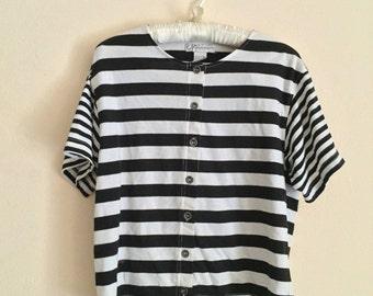 90s black and white striped boxy shirt