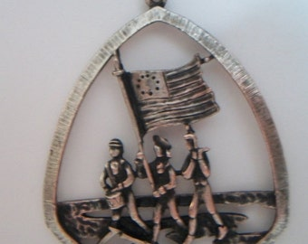 SHOP4FUN The Spirit of 76 Bicentennial Necklace Patriotic Pendant