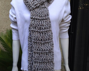 Chunky scarf Gray multicolor . Nice and warm chunky and cozy.