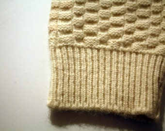 Waffle knit mittens in cream