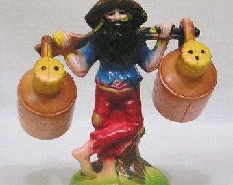 Vintage Figural Novelty Hillbilly and Moonshine Jugs Salt & Pepper Shakers Made in Hong Kong