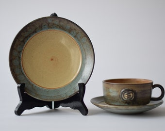 Cheap Shipping! Vintage Danish - tea trio - cup, saucer & plate - Jette Helleroe - mid century pottery