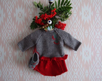 Baby Girl Outfit - Babies Knitwear - 0-3 months Baby Clothes - Baby Girl nappy cover - photography prop - knitted jumper -baby booties -girl