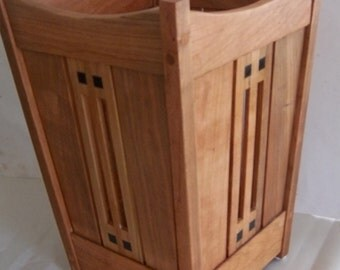 Arts and Crafts Mission Oak Wastebasket Stickley era style