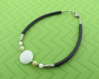 "stainless steel rubber & ""mother of pearl"" ankle bracelet anklet"