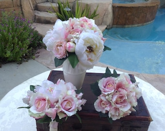 15 Piece wedding flower package in shades of pink