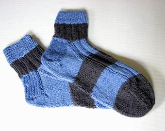 Ladies blue strip short socks, Hand knit socks , No seam toe and heel, Ribbed top, Light weight bamboo blend hosiery
