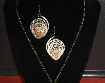 Steampunk Style Necklace and Earrings Set / Ensemble Style Steampunk Pendentif et Boucles d'Oreilles (NPQJ001)