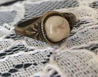 Premolar Baby Tooth Ring