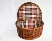 Lined Wicker Basket, Wicker Woven Basket with Lid, Wicker Storage Basket, Picnic Basket