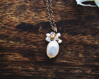 Bridal necklace - pearl and opals, gold pearl necklace with opal, bridesmaid gift