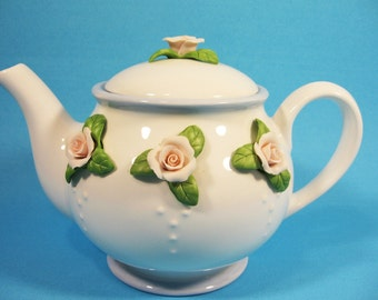 Teapot,white with applied pink roses, Teleflora Gift, 5 cup tea server