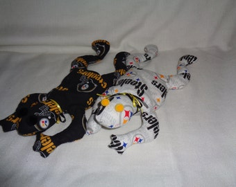 Hand Made Pittsburgh Steelers NFL Football Bean Bag Frog