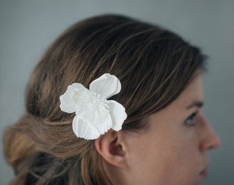 Icelandic Poppy Comb- 3D Printed Hair Accessory in White or Black Nylon