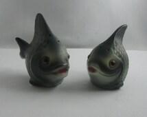 Mid Century spice shaker SET: Salt and Pepper Shaker FISH. Hummel GOEBEL porcelain. Probably 50s / 60s. West Germany porcelain art. Vintage