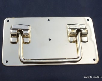 Solid  Brass handle of  luxury trunk