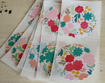 12 Floral Stickers / Seals / Shabby Chic / Cottage Style