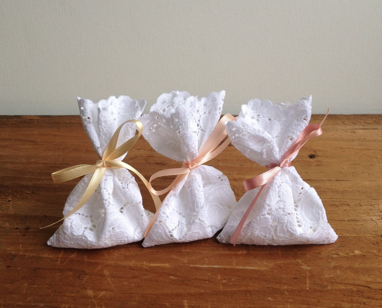 Italian Wedding Gifts: Lace Favor Bag Italian Wedding Favors Jewelry Pouches