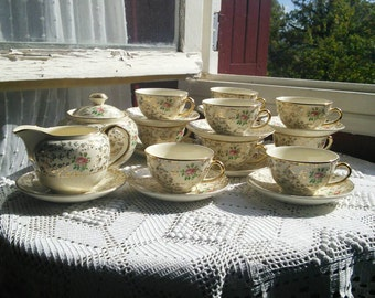 10 Place Tea Set Coffee Service 10 Setting cream Gold Filigree Roses French Vintage Villeroy Boch
