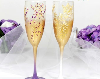 Gold&Purple and White Wedding champagne glasses-Hand painted Wedding flutes-Floral Wedding Favor-Stained glass toasting flutes-WeddingGift