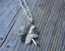 Simple Silver 4 Leaf Clover Necklace