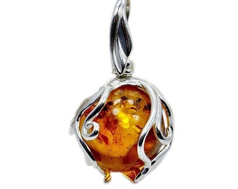 Natural Baltic Amber & .925 Sterling Silver Pendant , AC491