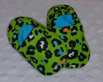 Baby Booties, Baby Gifts, Baby Slippers, Baby Crib Shoes, Baby Moccs, Baby Shoes, Baby Booties, Leopard Baby Slippers, Cheetah Baby Slippers