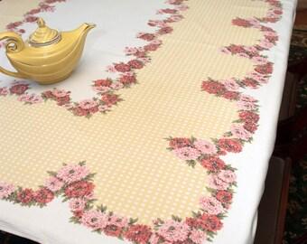Vintage Cottage Tablecloth, Pink & Red Dahlias, Yellow Lattice, Cotton / Rayon, Farmhouse, Garden Party, Mid Century, Summer Tablecloth