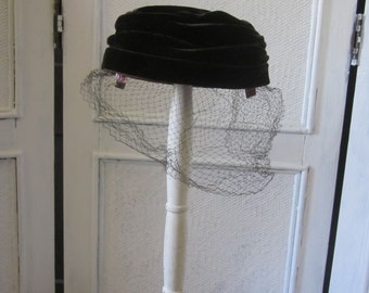 "1960s Dark Brown Velvet Pillbox Hat with Veil by ""Lyn-Ann Hats"""