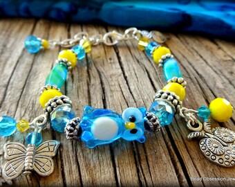 Girls Owl Charm Bracelet; Blue & Yellow Girls Bracelet; Owl Bracelet; Girls Charm Bracelet; Girls Bracelet; Kids Jewelry; Australian Seller