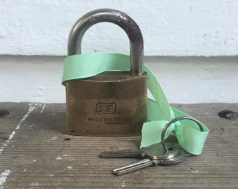 italian brass lock with 2 keys ~ in working order ~ vintage brass padlock ~ made in italy ~ 2 original keys ~ marked FF & made in Italy